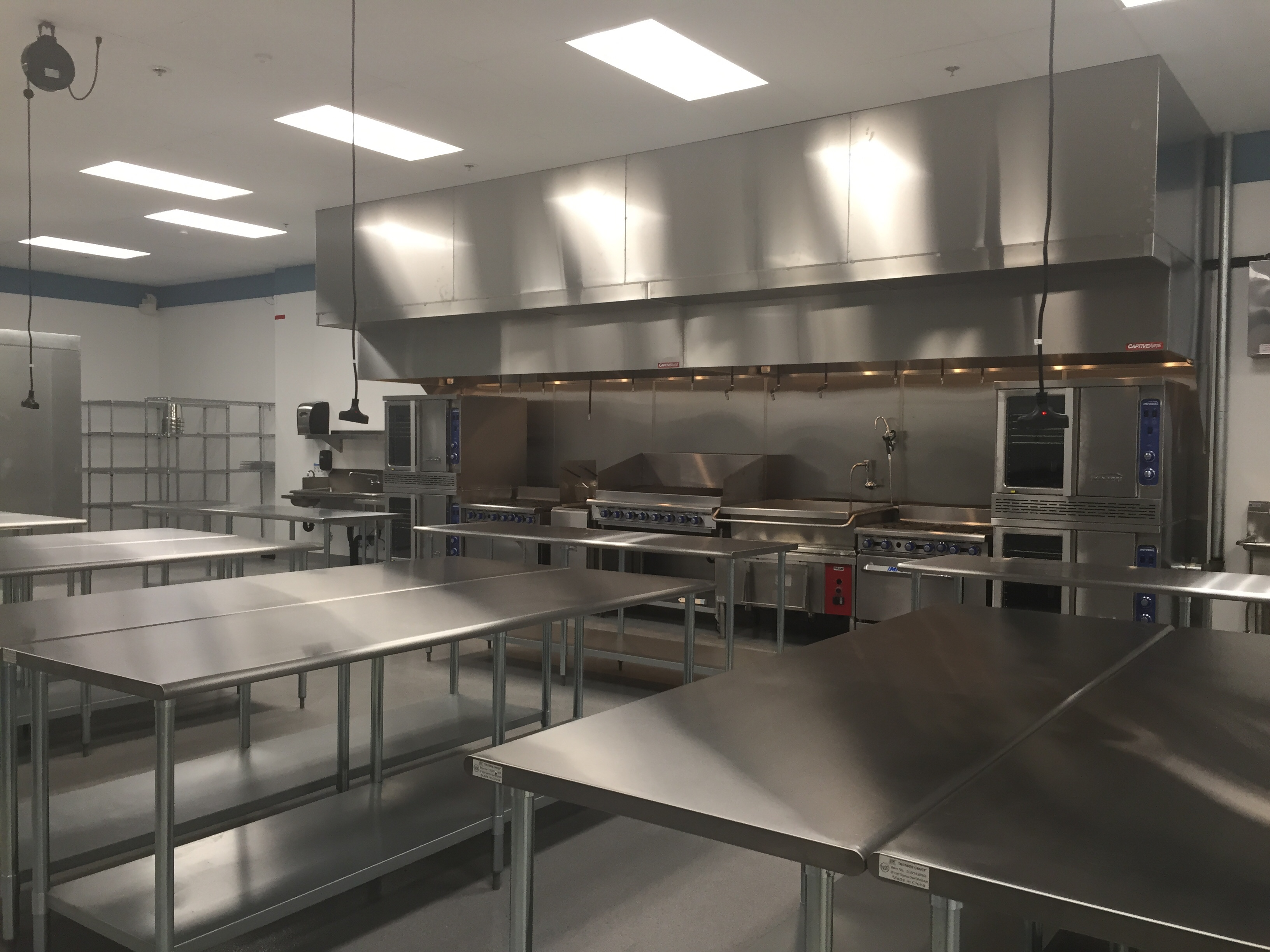 Gallery personal touch dining commercial kitchen rental - Commercial kitchen designer ...